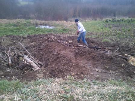 Mise en place des buttes de permaculture 1