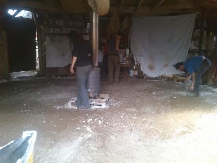 Réfection du sol de la yourte