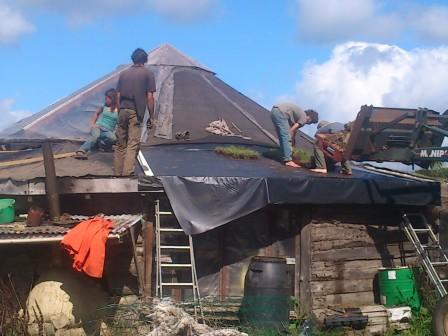 Réfection de la toiture de la yourte
